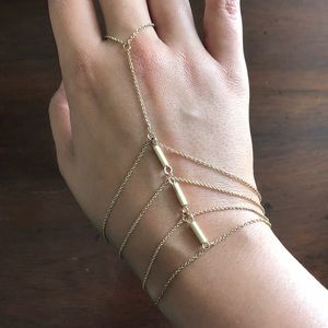 Jewelry - Chain bracelet with connected ring